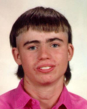 http://methodandmoxie.files.wordpress.com/2009/05/bad-haircut1.jpg